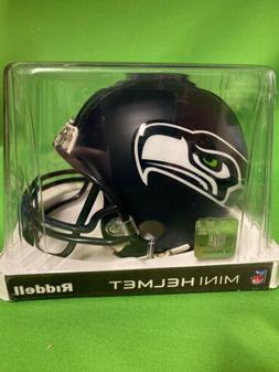Riddell Mini Helmet Seattle Seahawks QB Face mask New In Cle