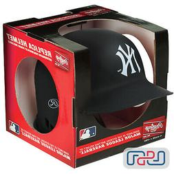 New York Yankees Matte Black Rawlings Mini MLB Baseball Batt