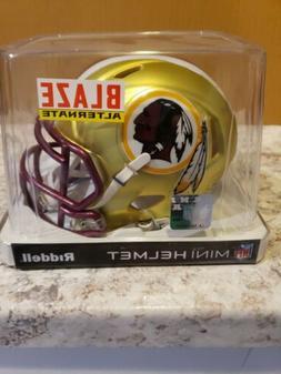 Riddell NFL Blaze Washington Redskins Mini-Helmet